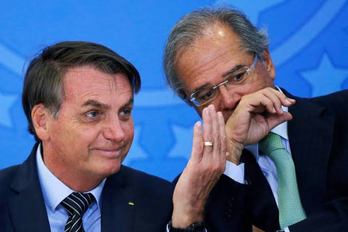 Bolsonaro veta verba pública para o combate ao Coronavírus.