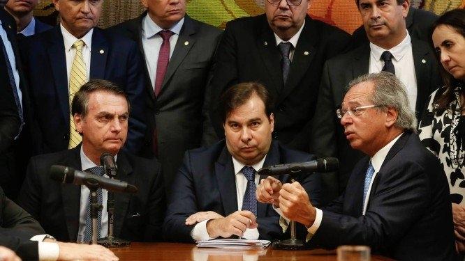 CPMF não passa no Congresso, diz Rodrigo Maia